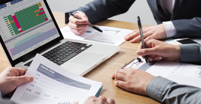 Choosing employee scheduling software